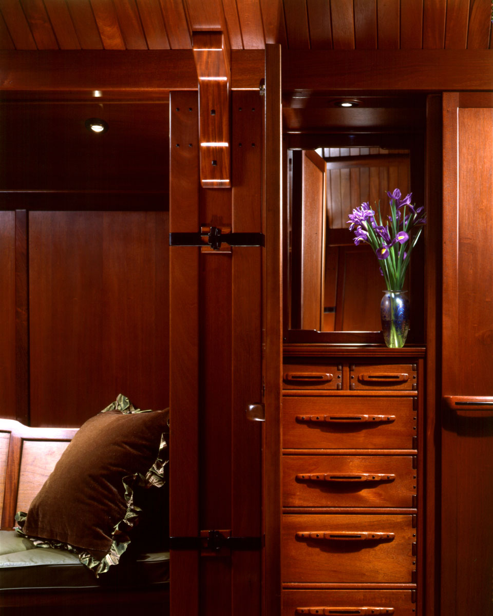 Master Bedroom Closet Detail